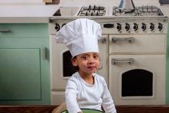 04-Engelsgleich-Kinderfotoshooting-Kinderfoto-Buchholz-Fotostudio-Hittfeld-Tostedt-Vintage-Kueche