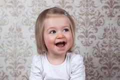 11-Engelsgleich-Kinderfotografie-Kinderbilder-Buchholz-Fotostudio-Harburg-Tostedt-Kinder-Studioaufnahme.jpg