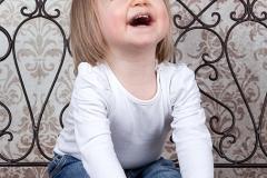 12-Engelsgleich-Kinderfotografie-Kinderbilder-Buchholz-Fotostudio-Harburg-Tostedt-Kinder-Studioaufnahme.jpg