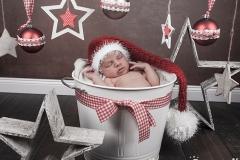 35_engelsgleich-neugeborenenfotografie-neugeborenenbilder-buchholz-newborn-babyfotografie-4