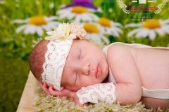 41_engelsgleich-neugeborenenfotografie-neugeborenenbilder-buchholz-newborn-babyfotografie