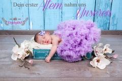 67_Neugeborenenshooting_Buchholz_Baby_Hamburg_Engelsgleich_Krankenhaus